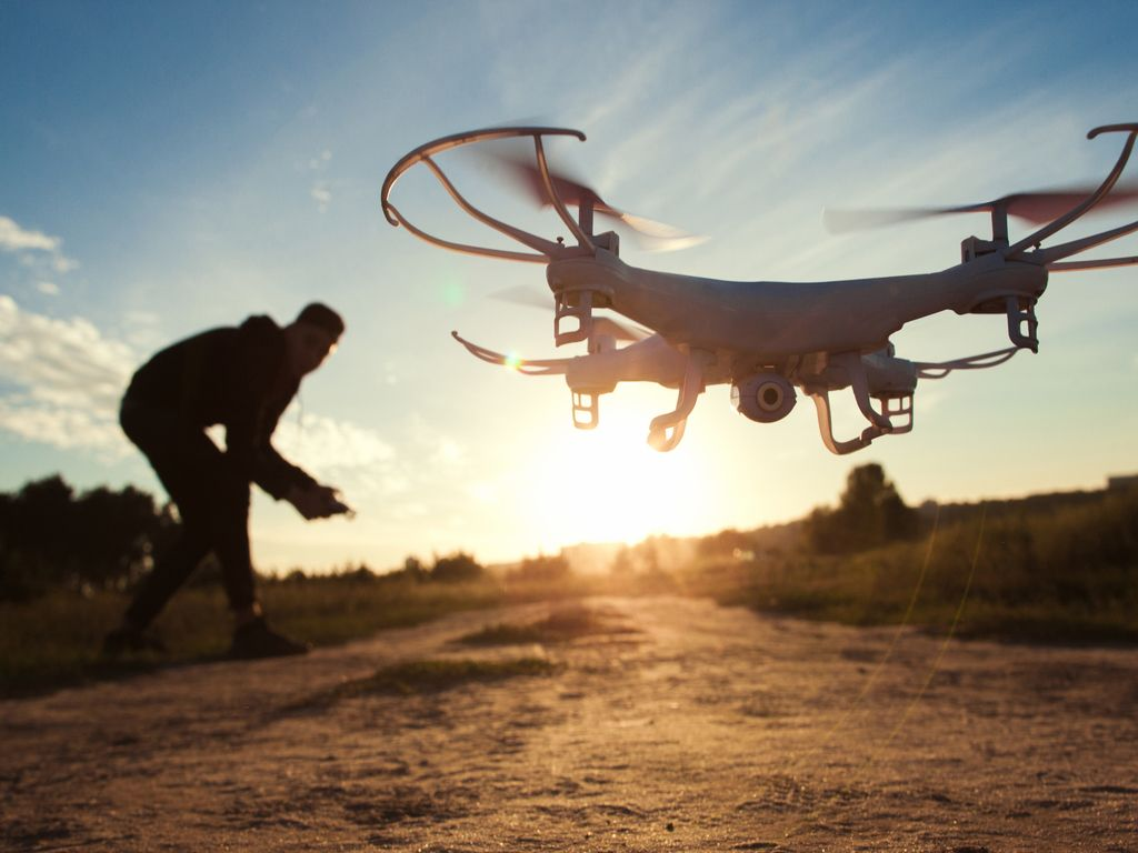 Drones un robotu tehnika